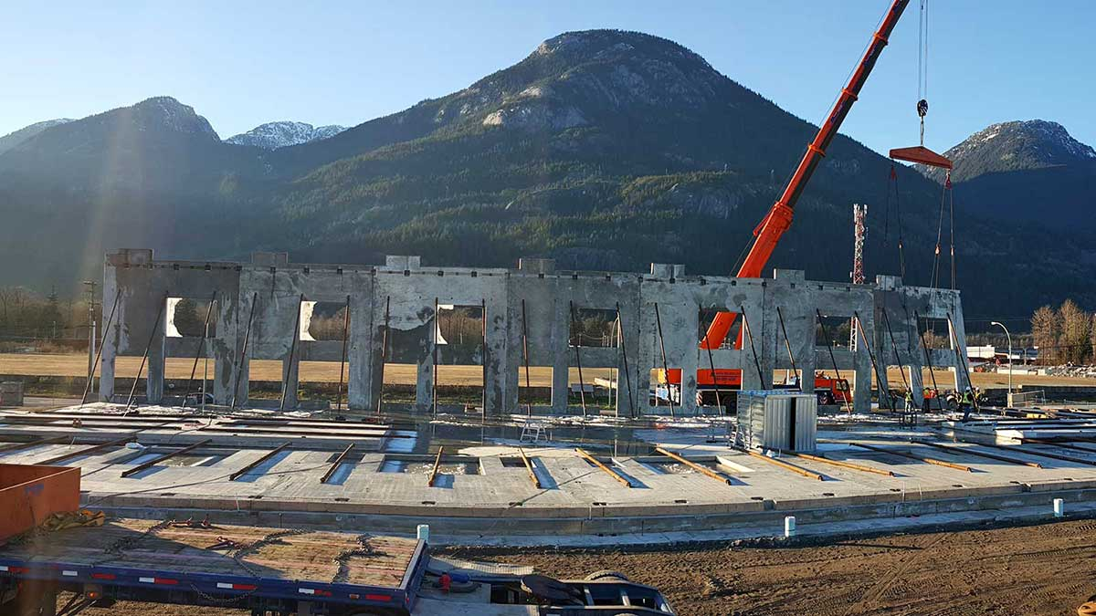 Commercial and industrial precast and cast-on-site tilt-up concrete construction in Whistler, Squamish and Vancouver